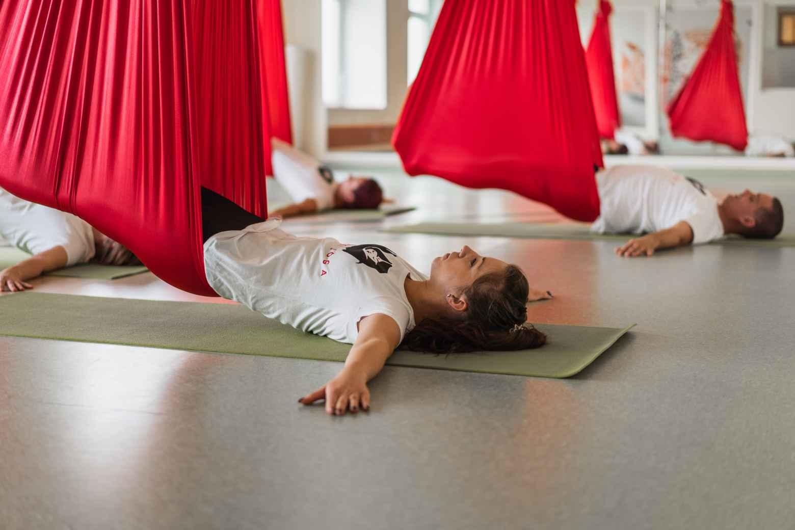 Aerial jóga (gerinc)