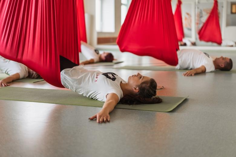 Restorative Aerial jóga